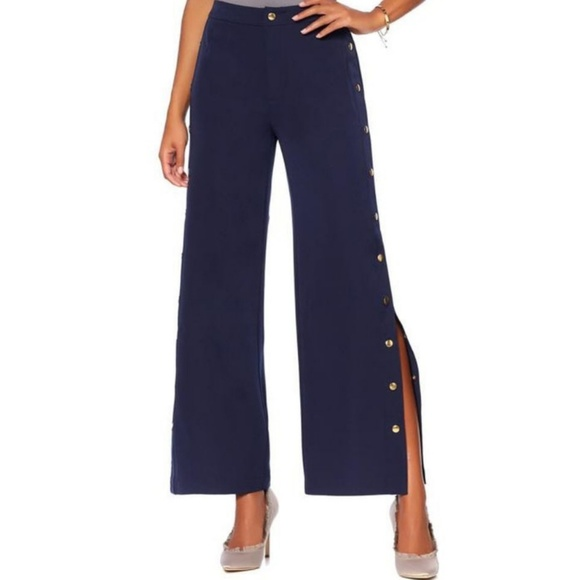 76d0fa80b7 Romeo & Juliet Couture Pants | Nwt Romeo Juliet Couture Navy Gold ...